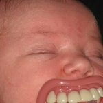 Lustiger Baby-Schnuller