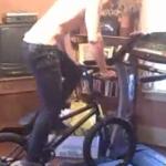 Mit dem BMX auf dem Laufband