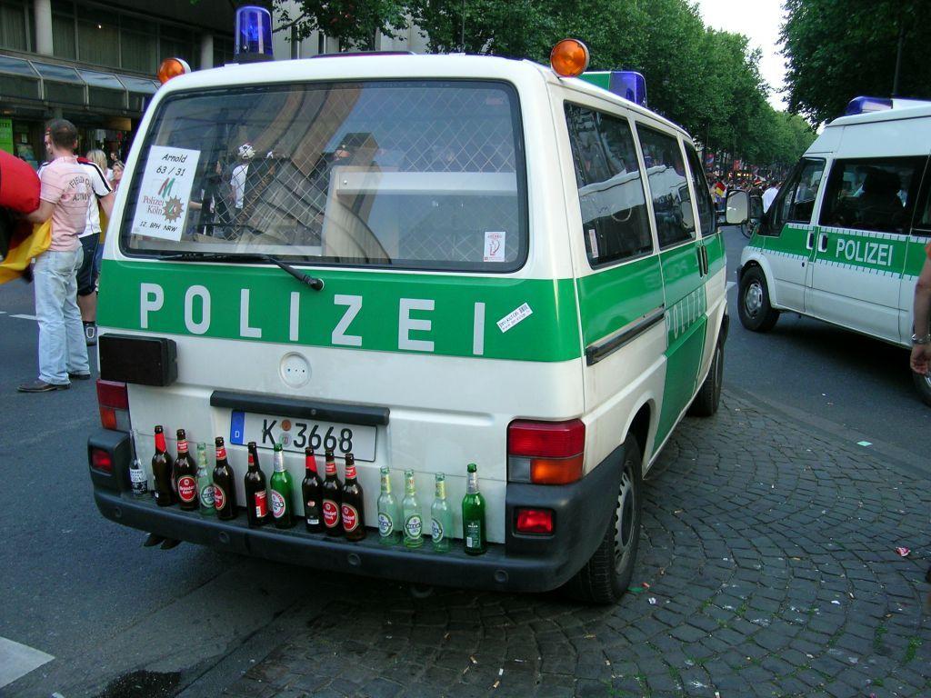Witzige Polizei Bilder