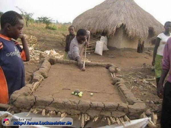 http://www.lachmeister.de/lustige_bilder/images/lustiges-bild-afrikanischer-billardtisch.jpg