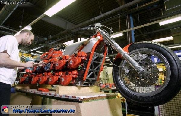 Motorrad Weihnachtsbilder.Mehrfach Motoren Motorrad
